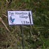 directional sign to Osa Mountain Village Resort